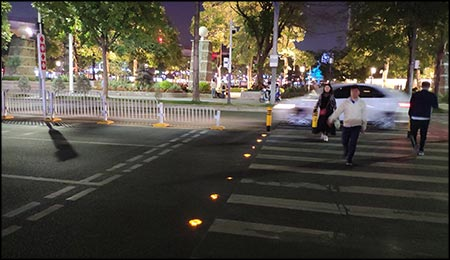 solar led road studs and intelligent zebra crossing