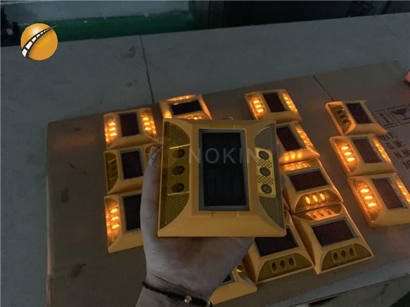 2ml autosampler vialPlastic Solar Road Pavement Markers For Bridge